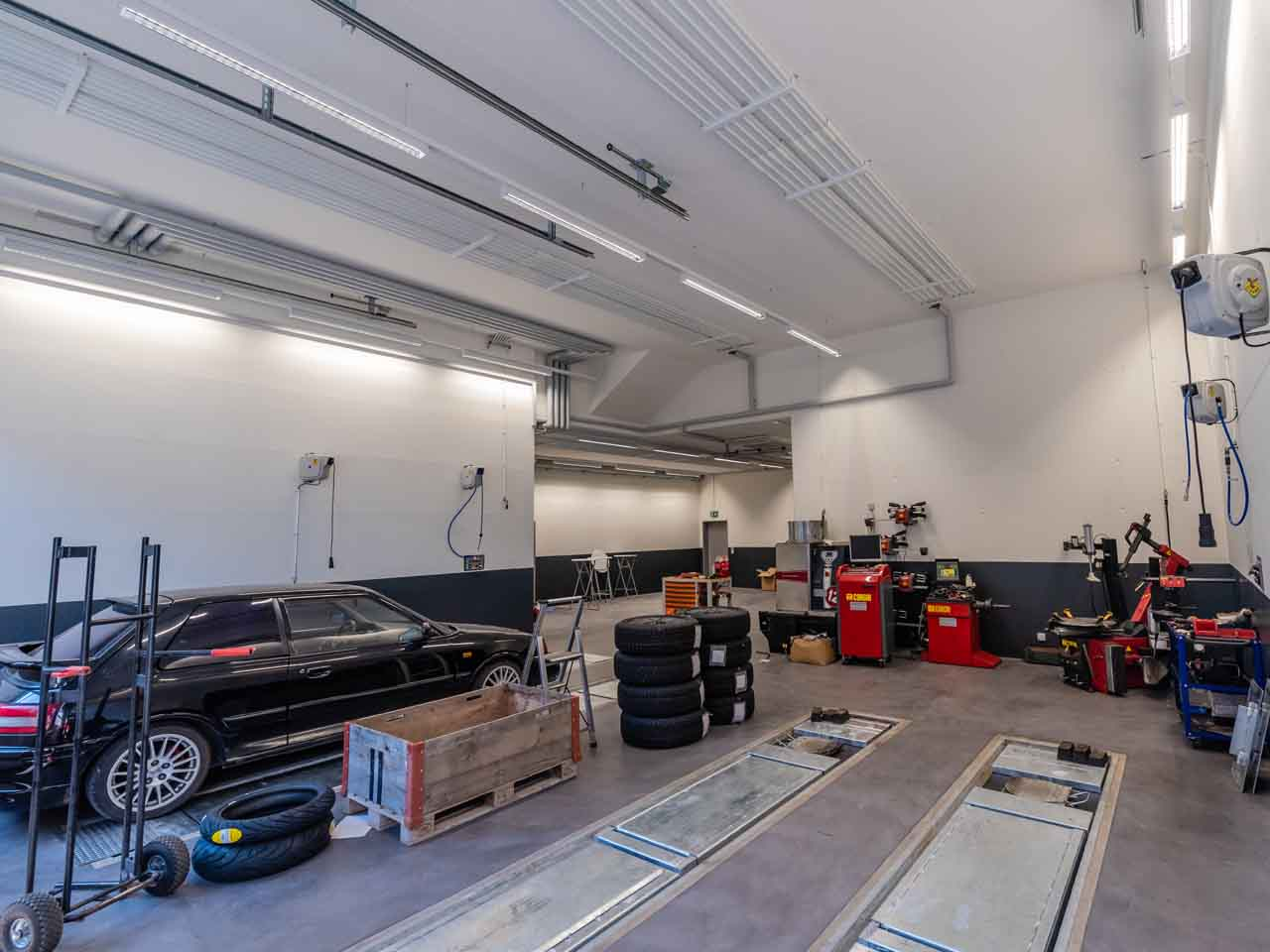 https://garagebienz.mazda.ch/wp-content/uploads/sites/48/2019/12/garage-bienz-neubau-1280x960_4.jpg